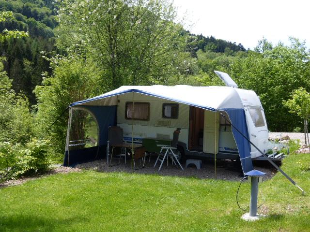 Le Creux Camping caravan huren motor Vogezen